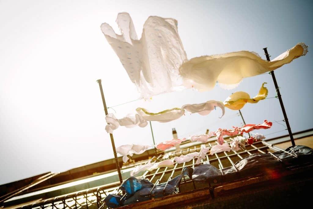 bucato sostenibile ecosostenibile lavaggio vestiti ecologico