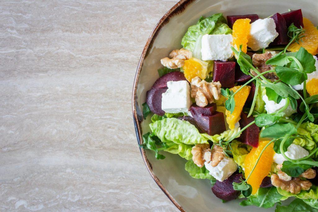 dieta vegetariana vegana salute microbiota intestinale