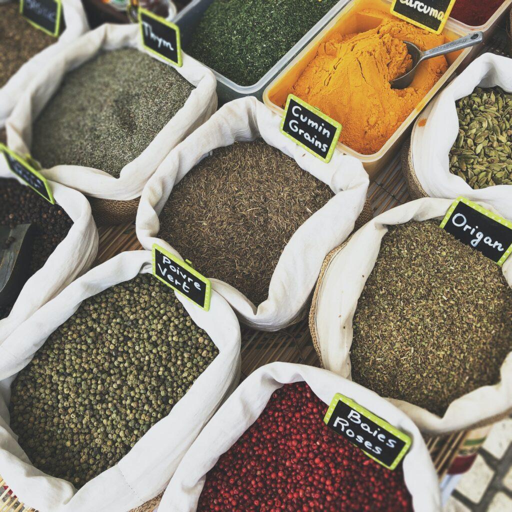 curcuma curcumina spezie benefiche benefici